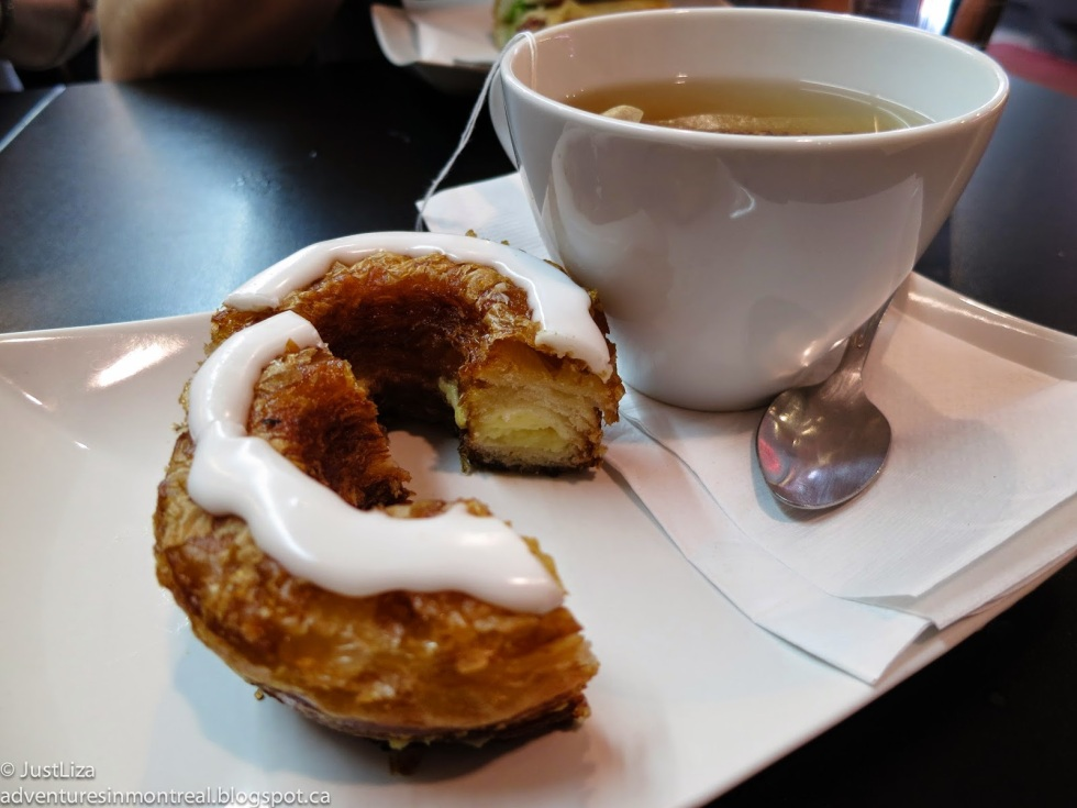 French cronut and tea