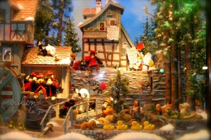 mechanical christmas scene